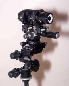Doğal ışık makro düzeneği. Manfrotto 410 juior head, Newport 423 linear stage, Asahi Pentax bellows, Rodagon WA 40mm