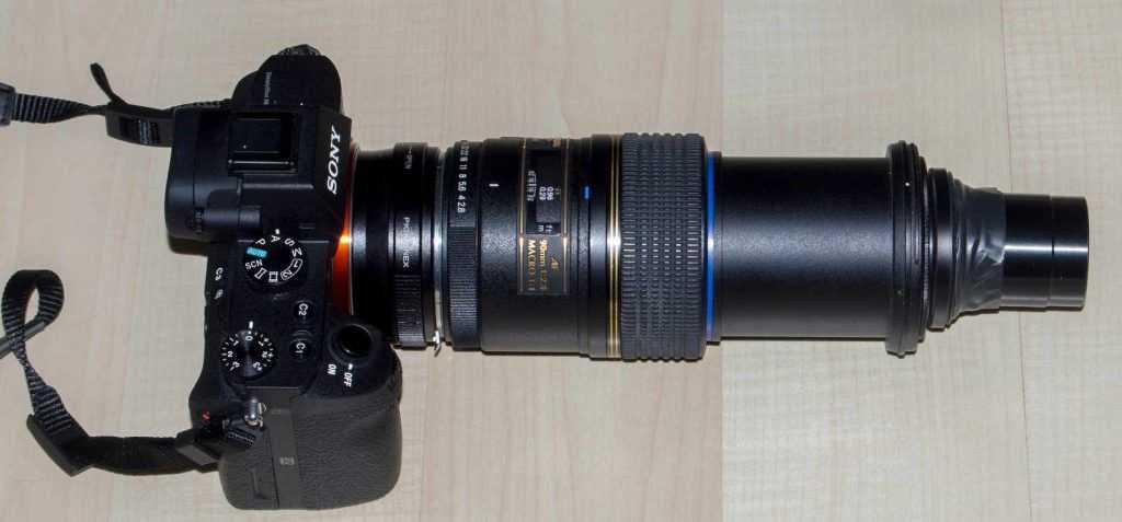 Tamron 90mm önünde Canon mikrofilm lensi